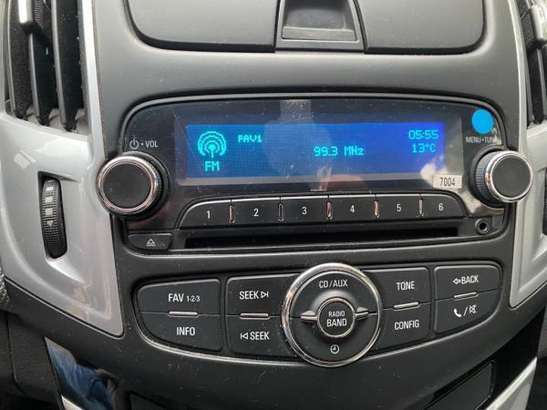 Chevrolet Cruze 2.0D año 2013
