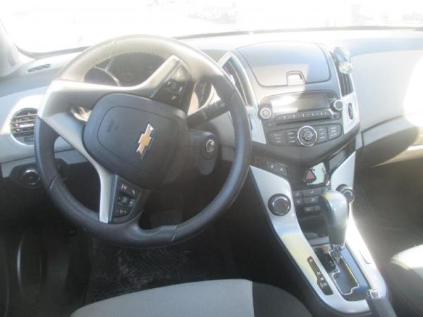 Chevrolet Cruze II HB LS 1.8 AT año 2014
