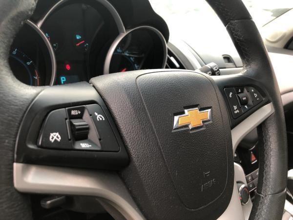 Chevrolet Cruze 1.8 LS AT HB año 2015