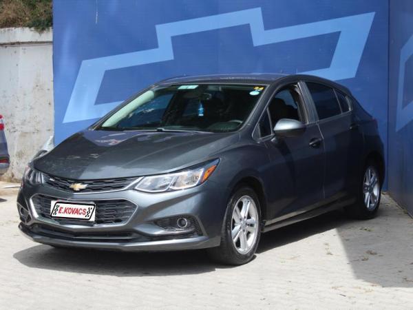 Chevrolet Cruze LT HB 1.4 año 2017