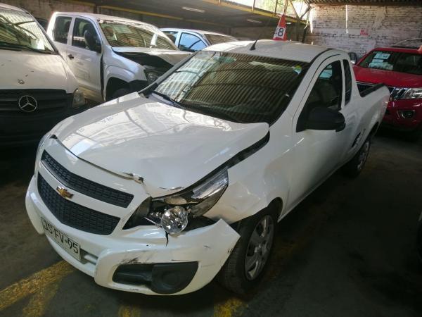 Chevrolet Montana CHOCADA año 2017
