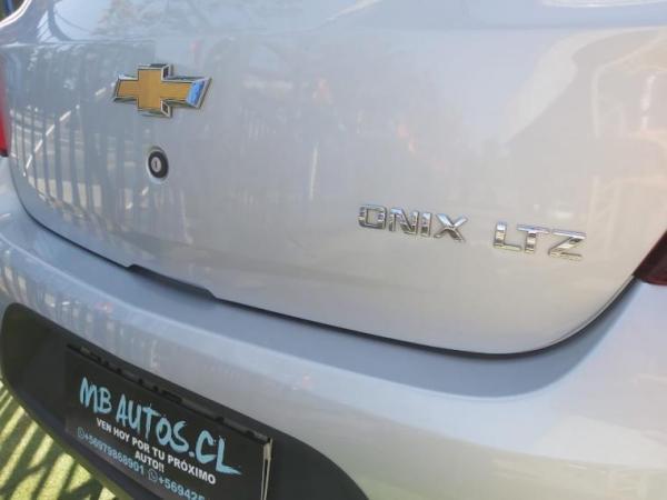 Chevrolet Onix 1.4 año 2018