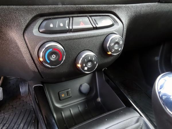 Chevrolet Onix LTZ 1.4 año 2018