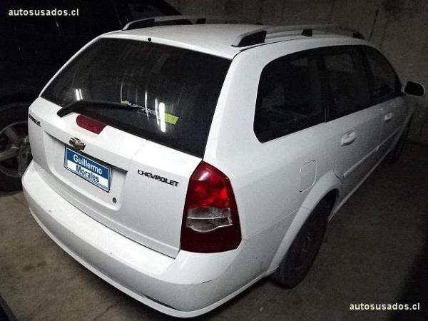 Chevrolet Optra LS año 2011