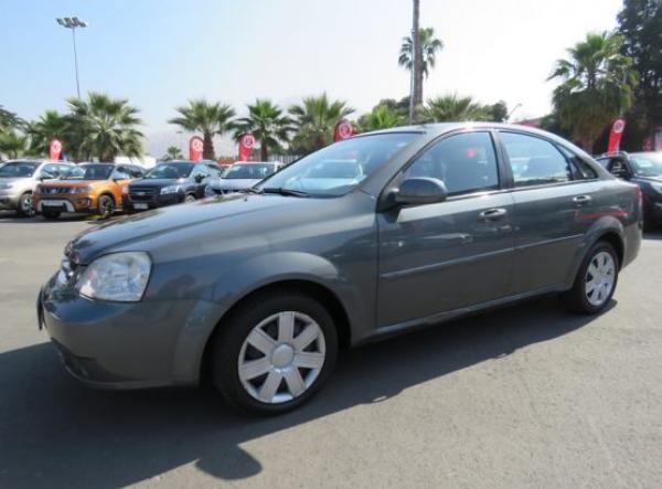 Chevrolet Optra LS año 2013