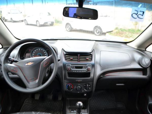 Chevrolet Sail LS 1.4 año 2015