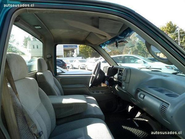 Chevrolet Silverado V8 año 1995