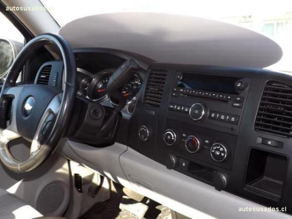 Chevrolet Silverado SILVERADO RC. 4WD . año 2010