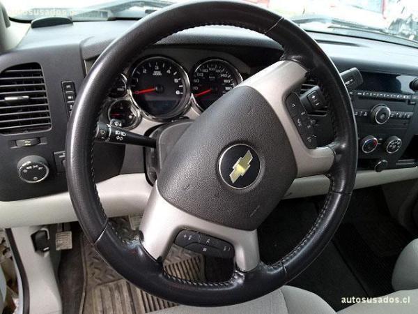 Chevrolet Silverado LT año 2011