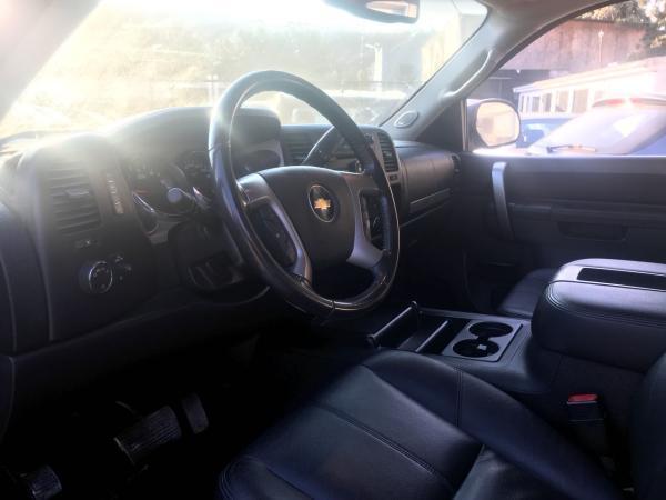 Chevrolet Silverado 5.3 LT II 4WD AT año 2012