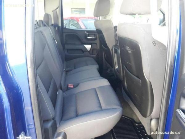 Chevrolet Silverado SILVERADO LT EC 5.3L 4WD año 2014