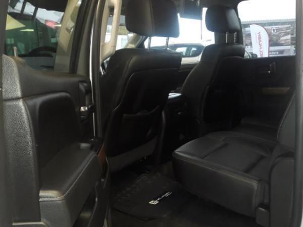 Chevrolet Silverado LTZ 4X4 año 2015