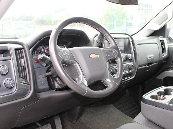 Chevrolet Silverado SILVERADO LT EC 5.3L 4WD año 2017