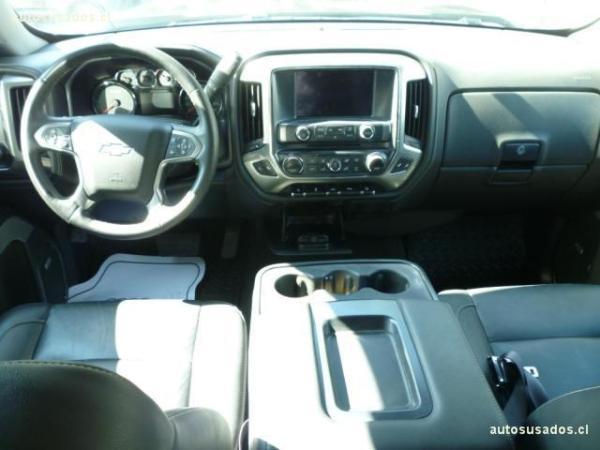 Chevrolet Silverado SILVERADO LTZ 5.3 año 2017