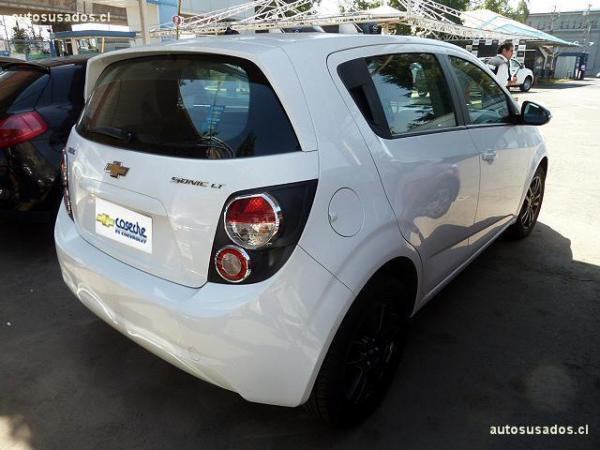 Chevrolet Sonic HB año 2015