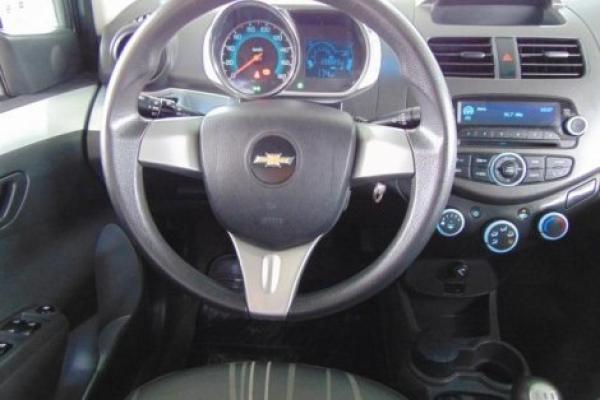 Chevrolet Spark GT E5 1.2 MT LT AC año 2015