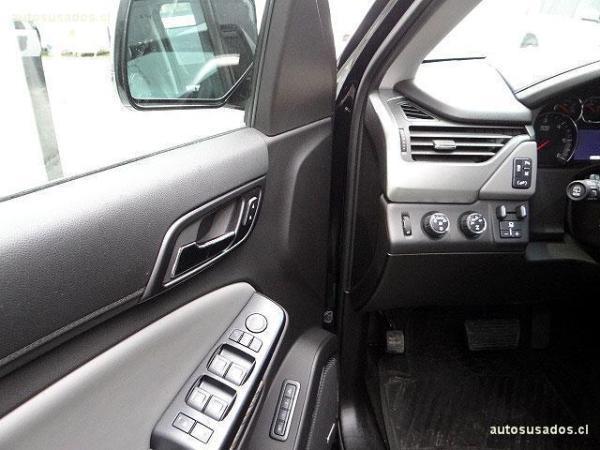 Chevrolet Tahoe LT 4WD año 2015