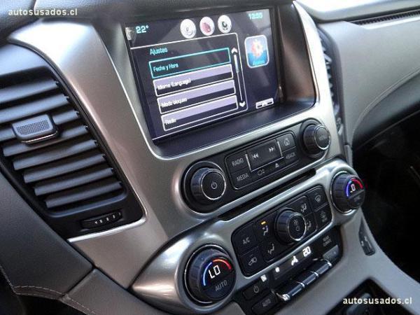 Chevrolet Tahoe LT 5.3 4WD año 2015
