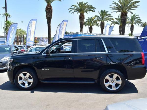 Chevrolet Tahoe LT 4WD 5.3 año 2017