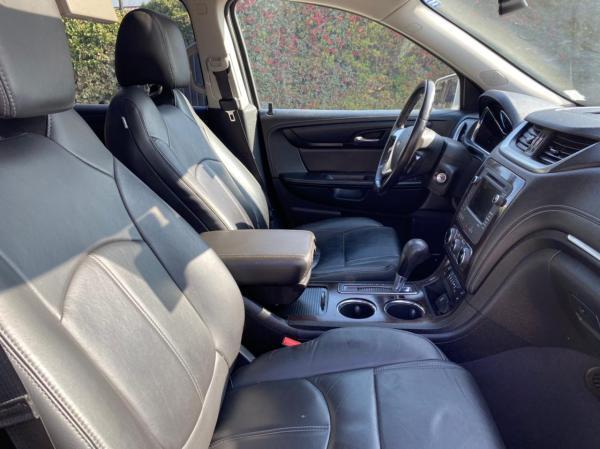 Chevrolet Traverse LT 4x4 año 2016