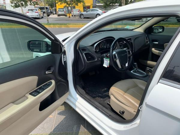 Chrysler 200 LIMITED 3.6 año 2012