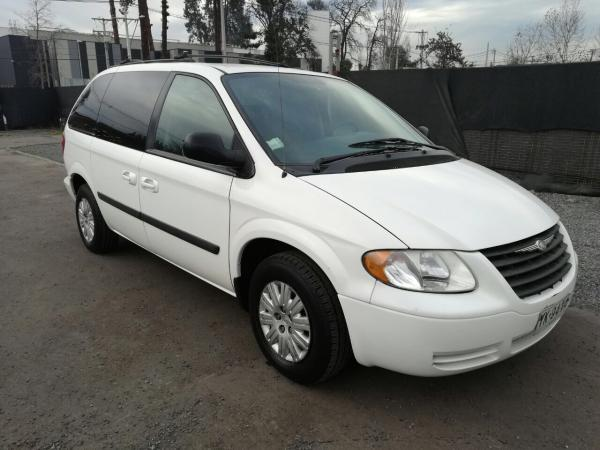 Chrysler Caravan CARAVAN 3.3 año 2005