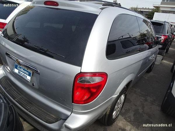 Chrysler Grand Town Country  año 2007