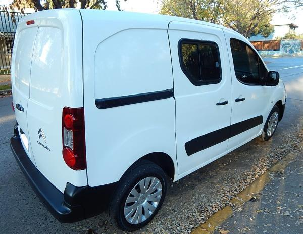 Citroen Berlingo 587 CITROEN BERLINGO B9 año 2014
