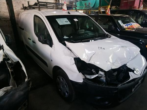 Citroen Berlingo CHOCADA año 2016