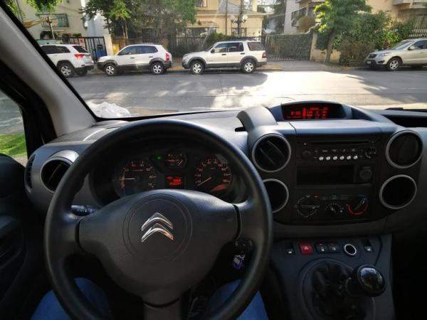 Citroen Berlingo BERLINGO HDI 1.6 año 2018