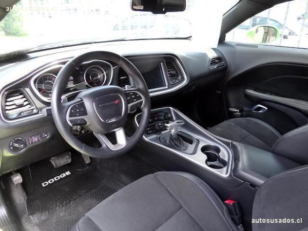 Dodge Challenger SCAT 6.4 año 2015
