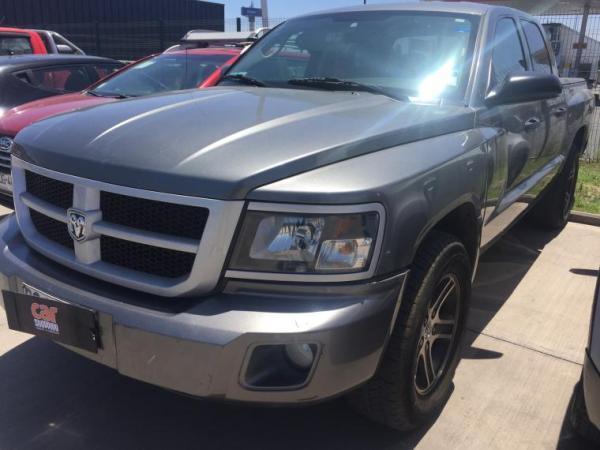 Dodge Dakota QUAD año 2012