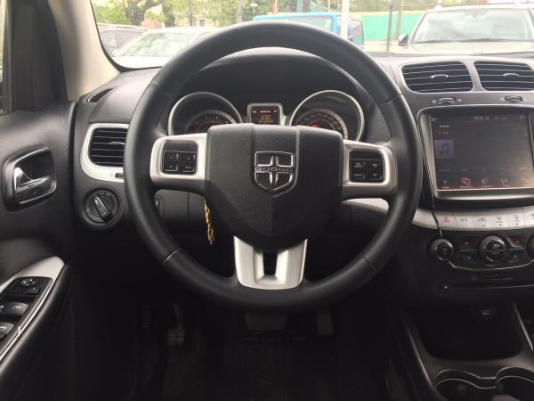 Dodge Journey SE 2.4 año 2015