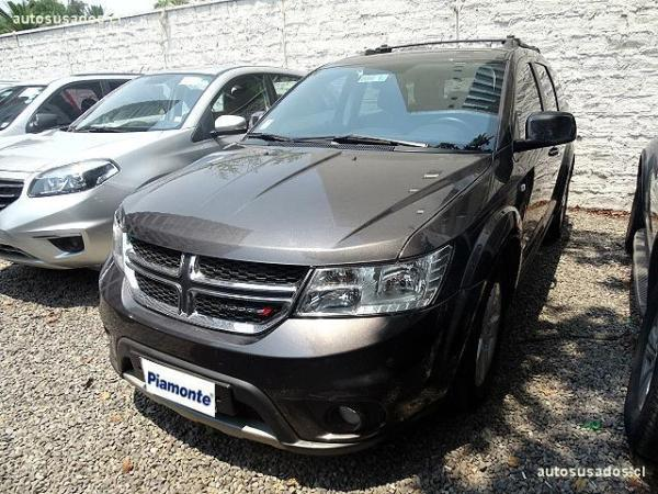 Dodge Journey SE 2.4 año 2015