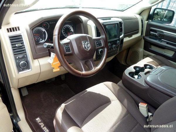 Dodge Ram SLT año 2014
