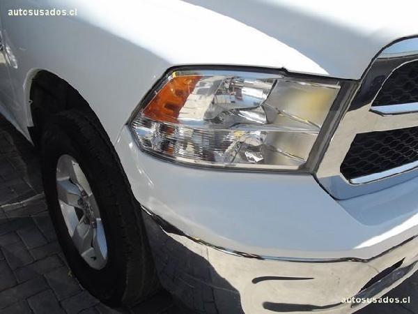 Dodge Ram NEW 1500 SLT AUT 4X4 año 2014