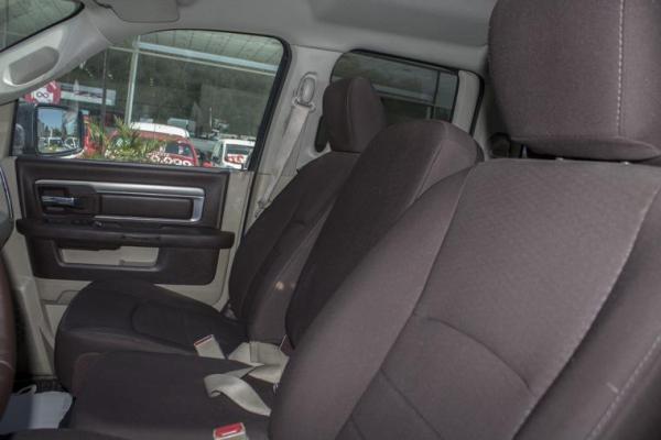 Dodge Ram QUAD CAB 4X4 3.6 AT año 2015