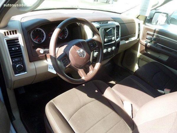 Dodge Ram QUAD CAB 4X4 SPORT año 2016