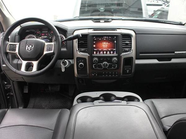 Dodge Ram LARAMIE 6.7 4X4 AT año 2017