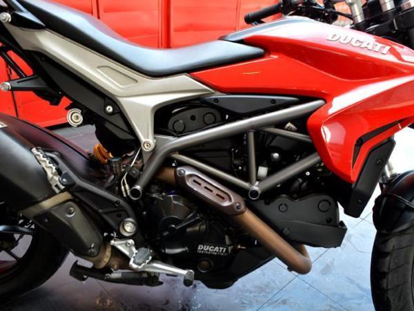 Ducati Hyperstrada  año 2014