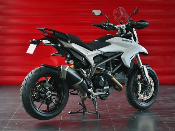Ducati Hyperstrada 821 año 2015