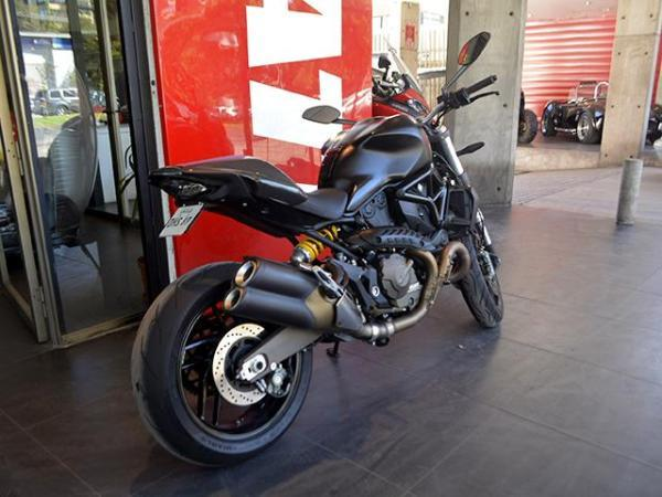 Ducati Monster 821 DRAK año 2015
