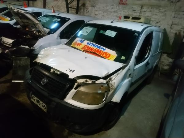 Fiat Doblo CHOCADA LIQUIDAMOS año 2008