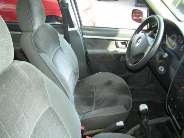Fiat Palio WEEKEND 1.8 año 2005
