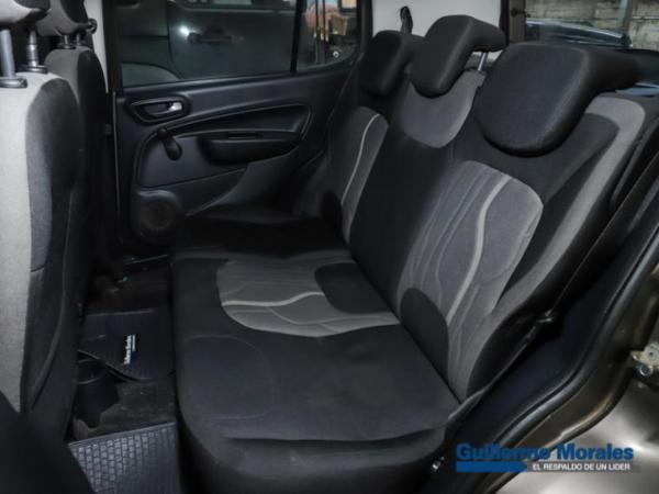 Fiat Uno WAY 1.4 EVO AA 5P año 2019