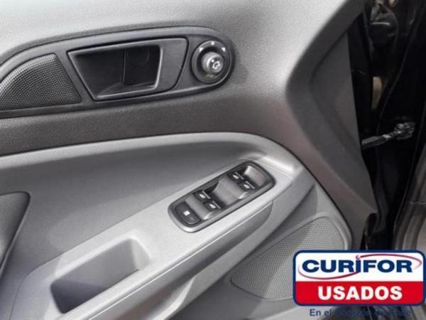 Ford Ecosport SE 1.6L MT año 2015