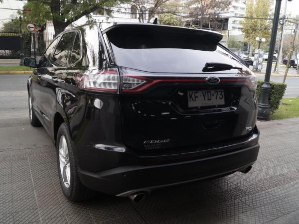 Ford Edge SEL AT año 2018