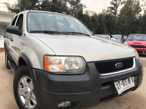 Ford Escape 3.0 XLT 4X4 año 2004