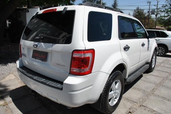 Ford Escape XLT 2.5 AT año 2009