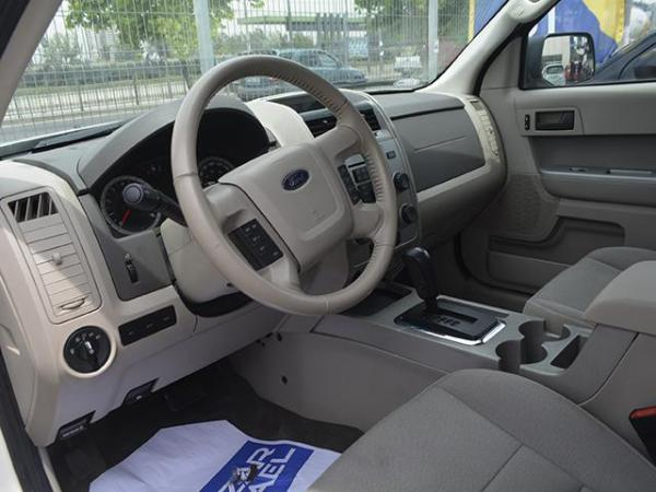 Ford Escape Escape Xlt 2.5 año 2010